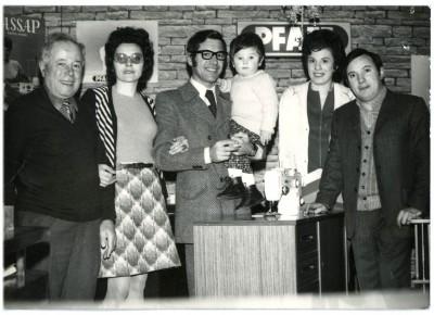 I fondatori (da sinistra Agostoni Salvatore con figli Paolo e Bruno e rispettive mogli)